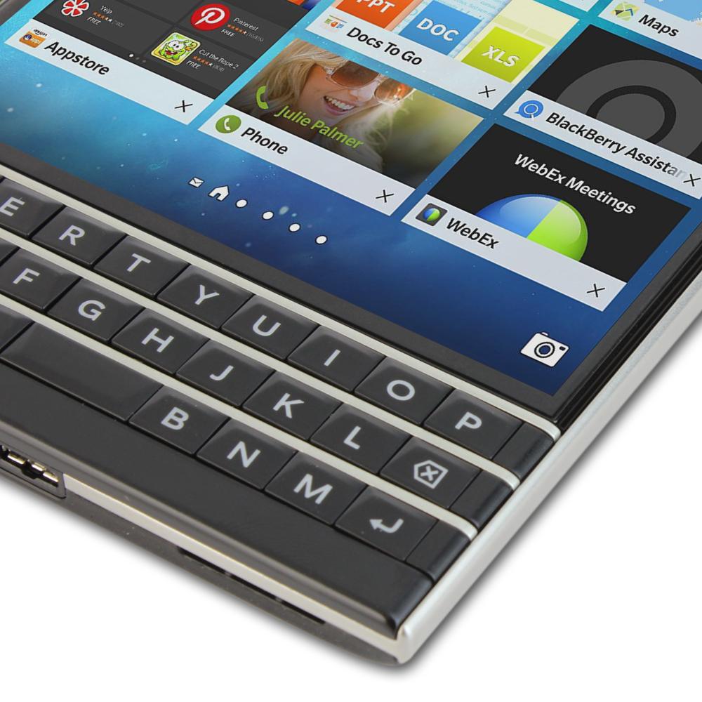 Skinomi - Screen protector for BlackBerry Passport TechSkin