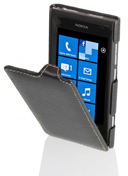 StilGut - UltraSlim leather case for Nokia Lumia 800